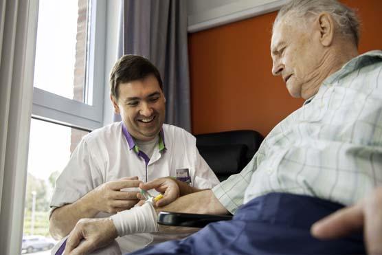 Revalidatieziekenhuis RevArte geriatrisch verpleegkundige